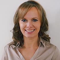 Dr. Jennifer Bestard