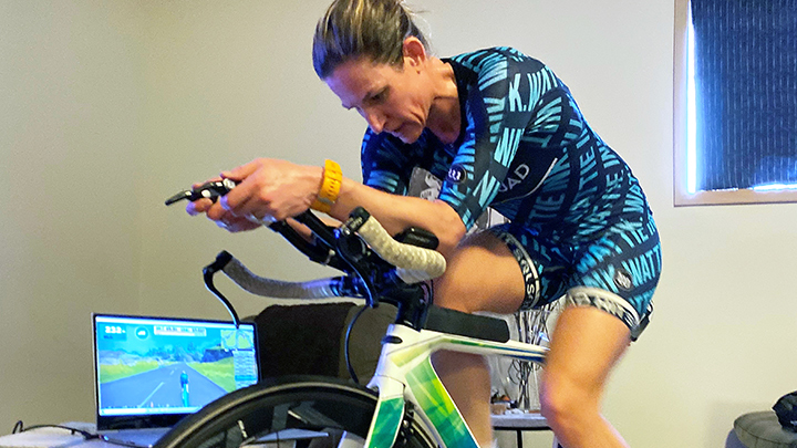 Edmonton athlete Melissa Tilburn keeps in competitive shape with virtual races and courses at home, but finds the friendships she's made online also boost her mental well-being.